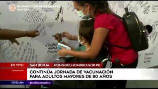 """Adultos mayores vacunados contra covid-19 dejan mensajes en el """"Mural de la esperanza"""""""