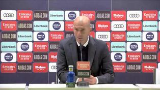 """Zidane: """"Hubo una mano anterior del Sevilla que ni miraron"""""""