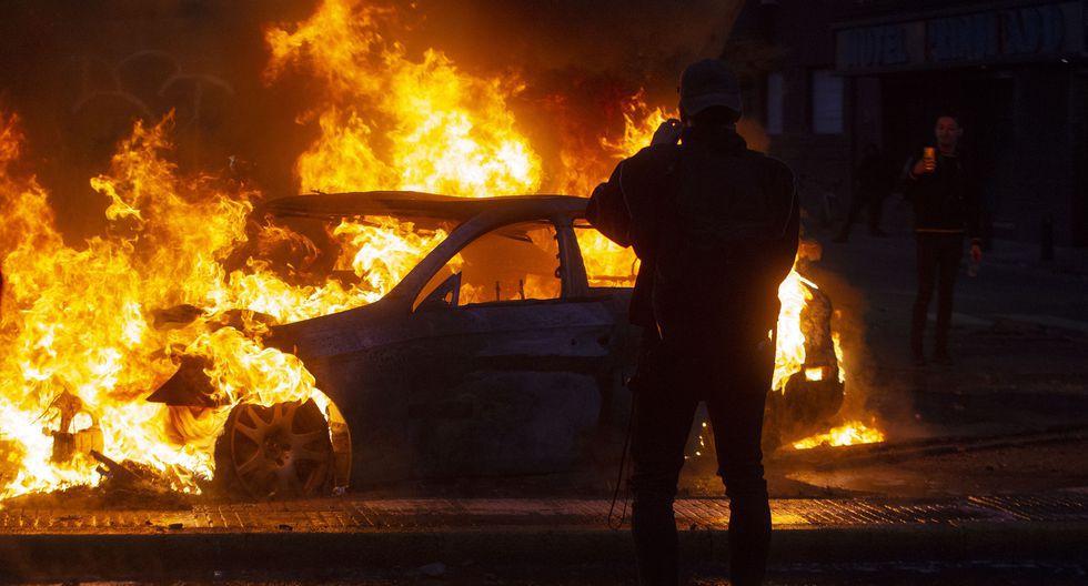 Violencia y caos en Santiago de Chile, durante el sábado. (REUTERS/Ramon Monroy).