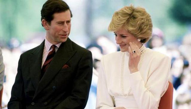 On February 24, 1981, Buckingham Palace announced the news of their engagement (Photo: Vanity Fair)
