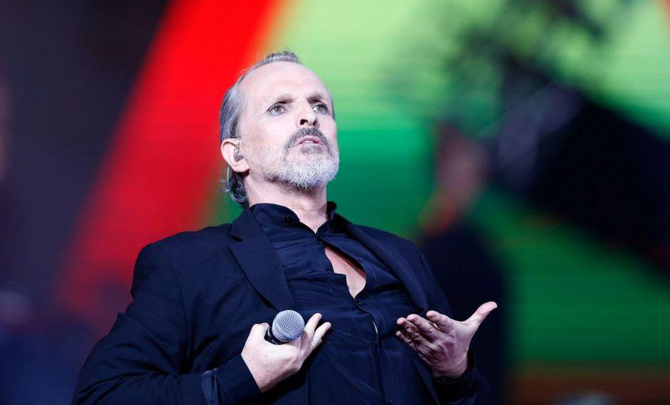 Miguel Bosé brilló en la primera gala de la versión número 59 del Festival de Viña del Mar. El artista español se llevó una Gaviota de oro y otra de plata. También fue premiado como Artista Ícono del certamen chileno. (Foto: Agencia)
