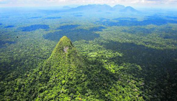 La Sierra del Divisor es el último parque nacional creado en el país; tiene una extensión de 1 millón 300 mil hectáreas. Las áreas naturales de la Amazonía evitan la expulsión de GEI y generan oxígeno. (Foto: Dante Piaggio)