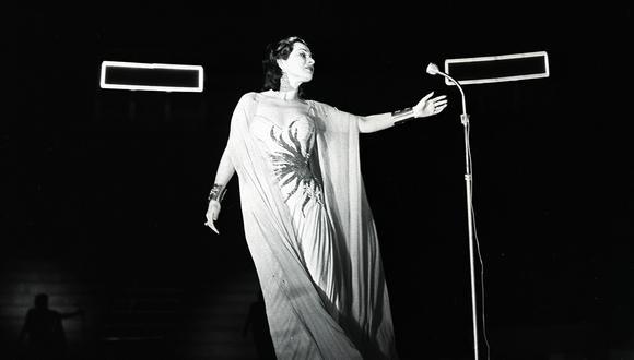 Dueña de una voz incomparable, Yma Sumac se presentó en Lima para las Fiestas Patrias de 1959. Foto: GEC Archivo Histórico