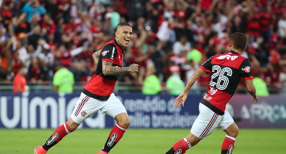 ¡Chino de risa! Paolo Guerrero está en la mira del Beijing Guoan. (Foto: Flamengo)