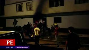 Incendio consumió el primer piso de una casa en San Juan de Lurigancho