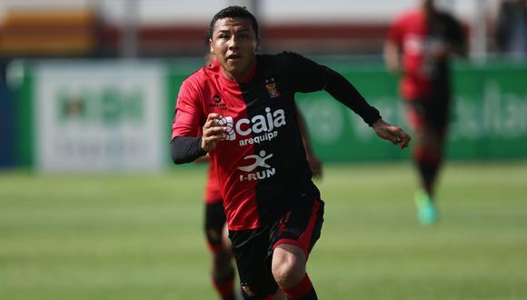Fútbol peruano: Ysrael Zúñiga anunció cuándo se retirará. (Foto: USI)