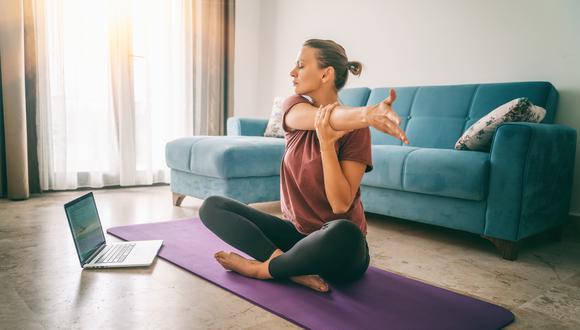 Muchos alumnos practican el yoga por temas de salud y rehabilitación física, y para tener un encuentro consigo mismos. (Foto: Shutterstock)