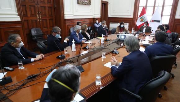"""Fuentes de este Diario señalaron que la ministra Alva adelantó a los gremios empresariales que el Perú """"tendrá el mayor golpe"""" en su crecimiento en comparación a otros países de la región. (Foto: PCM)"""