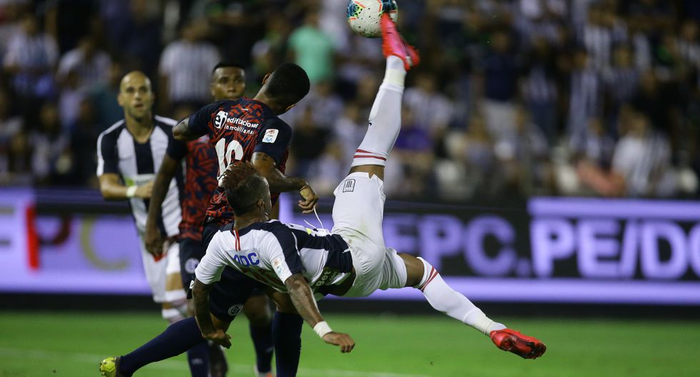 La anotación de Arroé permitió el triunfo de Alianza Lima sobre Municipal en la quinta jornada del Torneo Apertura. (Foto: Jesús Saucedo / GEC)