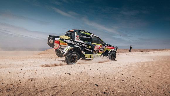 """El piloto nacional Nicolás Fuchs tuvo problemas con su coche en el especial Marcona-Pisco del Dakar 2019 pero su equipo asegura que """"está avanzando"""". (Foto: Itea Comunicaciones)"""