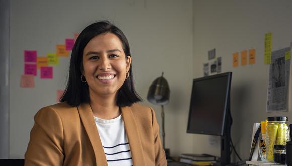 MENTE MAESTRA. Alejandra Ruiz León es bioquímica y magíster en Comunicación Científica y en Historia de la Ciencia. Actualmente realiza estudios de doctorado en Historia y Sociología de la Ciencia en Georgia Tech, Atlanta, luego de ganar la beca Fulbright. (Foto: Sharif Hassan)
