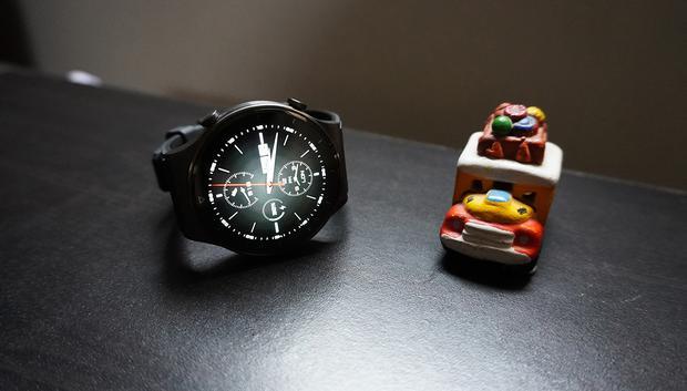 El Huawei Watch GT 2 Pro pesa 52 gramos sin la correa. (Foto: Julio Melgarejo)