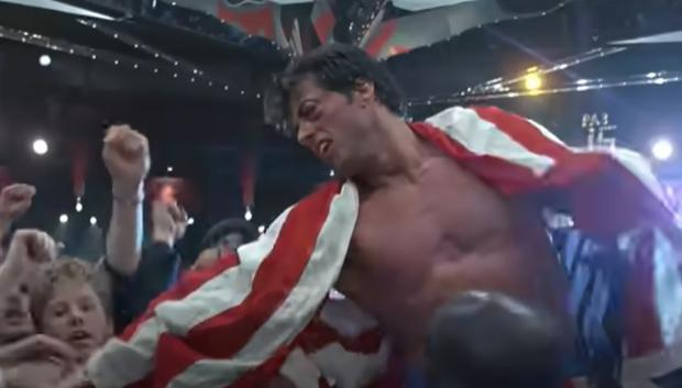 Sylvester Stallone defeated Ivan Drago in the fight (Photo: YouTube capture)