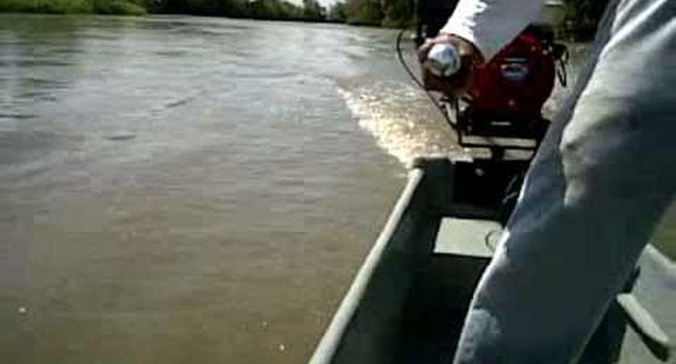 La Policía continúa con la búsqueda de los desaparecidos tras naufragio de embarcación. (Foto referencial)