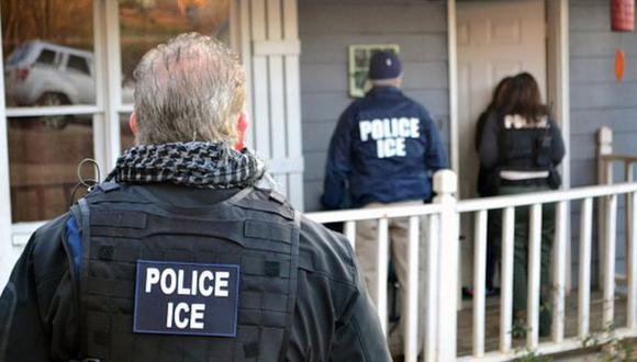 ICE ha estado bajo escrutinio en ocasiones anteriores por denuncias de malas condiciones sanitarias en sus instalaciones. (Getty Images).