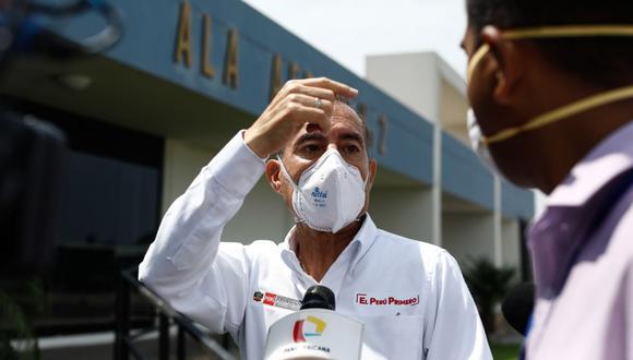 Ministro Walter Martos señaló que de ser necesario se cerrarán locales en los mercados para evitar contagios de coronavirus en mercados.  (Foto: GEC)