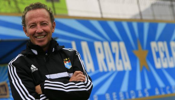 """Giraldez: """"El 'bielsismo' no parece válido para el fútbol base"""""""