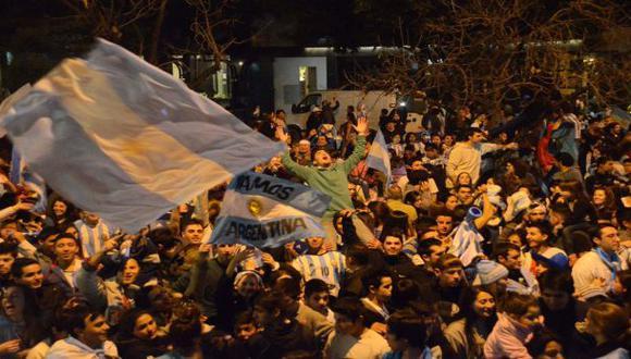 Dos hinchas murieron de infarto por victoria de Argentina