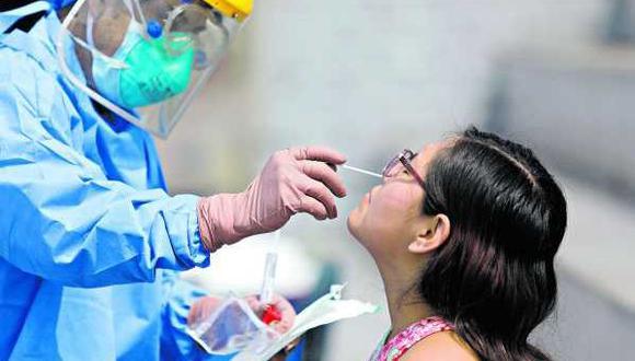 El Ministerio de Salud apostará por la aplicación de la prueba molecular para detectar casos de COVID-19. (GEC)