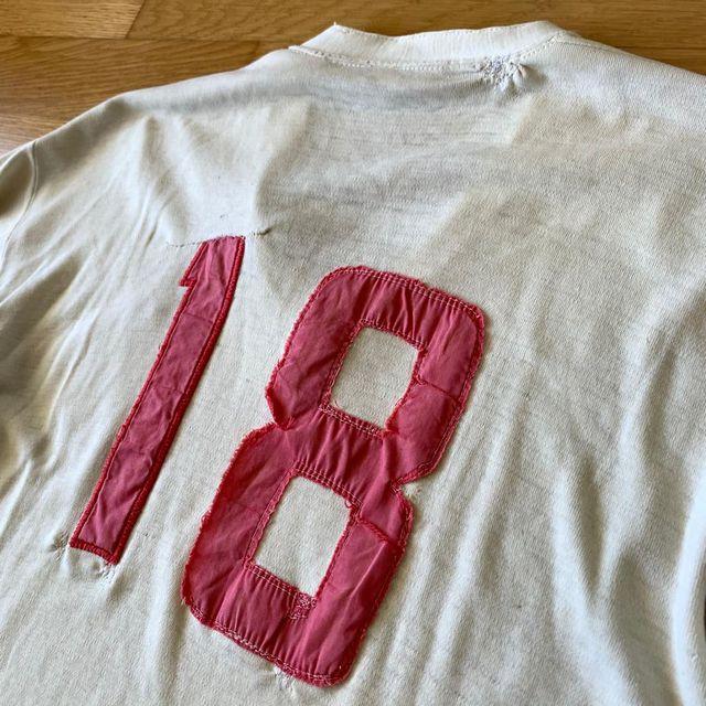 Detalles de la camiseta crema en la Copa Libertadores 1972. FOTO: Archivo personal.