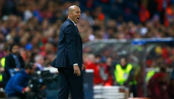 """Zidane sobre la jugada de Benzema: """"No sé como salió de ahí"""""""