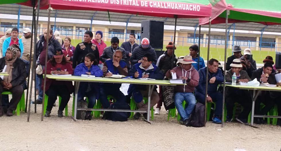 Este miércoles, las comunidades de Cotabambas se reunieron con representantes del Ejecutivo, Defensoría del Pueblo, autoridades locales y el congresista Richard Arce. (Foto: cortesía)