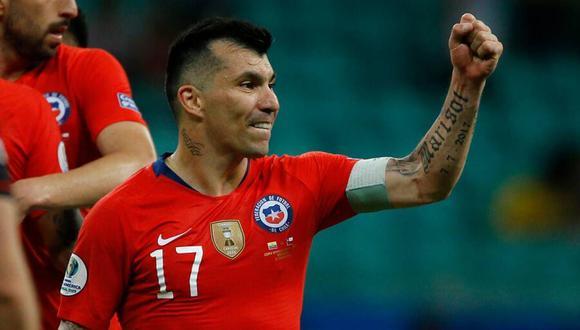 Gary Medel celebró en sus redes sociales el triunfo de Chile ante Perú en el duelo de las Eliminatorias. (Foto: AFP)