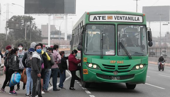 El último jueves se aprobó el pago del subsidio por parte del Gobierno hacia el transporte formal. (Foto: GEC)