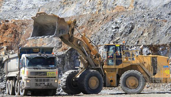"""""""Esperamos una normalización y ampliación de algunas minas"""", aseveró Adrián Armas, gerente de estudios económicos del BCRP."""