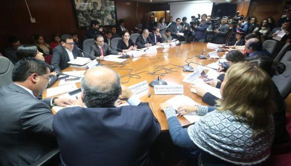 """Alberto Oliva, titular de la Comisión de Justicia, dijo que existe una """"actitud negativa de la mayoría"""" en el Parlamento. (Foto: Congreso)"""