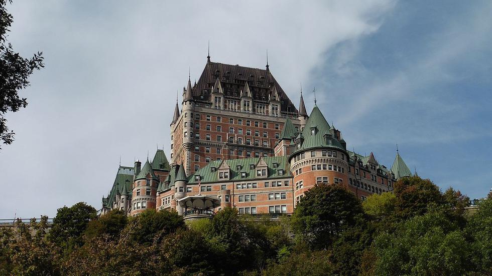 El Fairmont Le Château Frontenac-Quebec, Canadá. Es un imponente castillo que alberga la historia verdaderamente desgarradora, de un fantasma frágil y al mismo tiempo romántico. (Foto: Difusión)