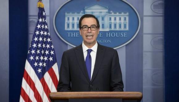 """El secretario del Tesoro, Steven Mnuchin, calificó al presidente Maduro como """"dictador""""."""