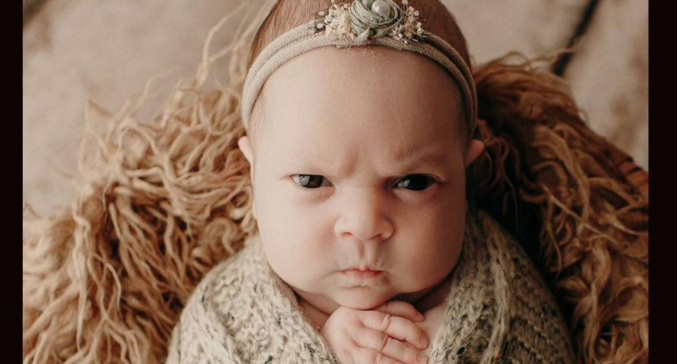 Una bebé de apenas dos semanas de nacida se volvió toda una celebridad en la red por sus adorables fotos con ceño fruncido como si estuviese enojada. ( Foto: Instagram)