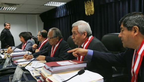 CNM presentará hoy denuncia penal contra magistrados del TC