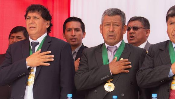 En el centro se encuentra Claudio Marcatoma Ccahuana, teniente alcalde de Punta Negra. Tendría que asumir las funciones de Delgado Heredia (izq.), detenido ayer por la PNP y el Ministerio Público. (Foto: Facebook / munipuntanegra)