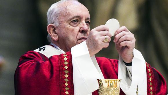 """Papa Francisco: """"Es inútil e incluso molesto que los cristianos pierdan el tiempo quejándose del mundo, de la sociedad"""" (Foto: ANGELO CARCONI / POOL / AFP)."""