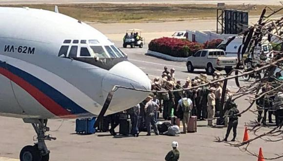 El sábado, dos aviones rusos con 99 militares y 35 toneladas de cargamento llegaron al aeropuerto de Maiquetía, en Venezuela.
