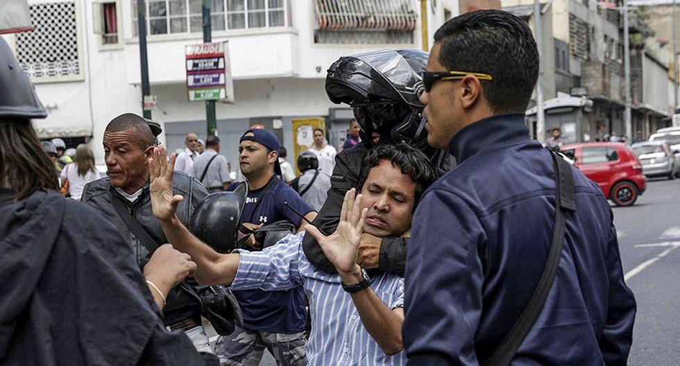 Venezuela: Estudiantes y periodistas se enfrentan a la policía - 6