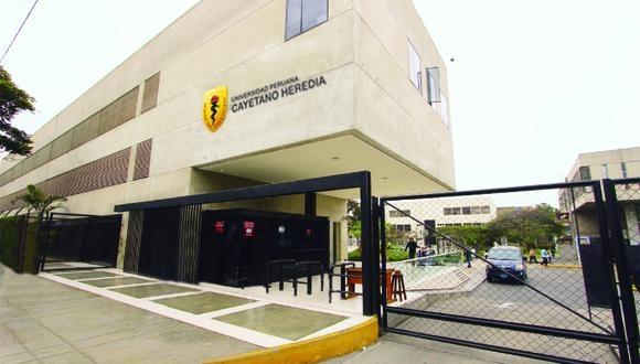 La Facultad de Medicina rechazó la vacunación de personas ajenas al ensayo clínico.  (Foto: Universidad Cayetano Heredia)