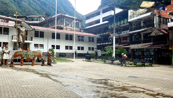 Dos personas con COVID-19 fueron referidas a la ciudad de Cusco para recibir atención médica.