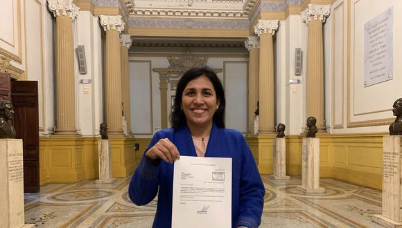 Flor Pablo, congresista electa del Partido Morado. (Foto: Twitter @FlorPabloMedina)