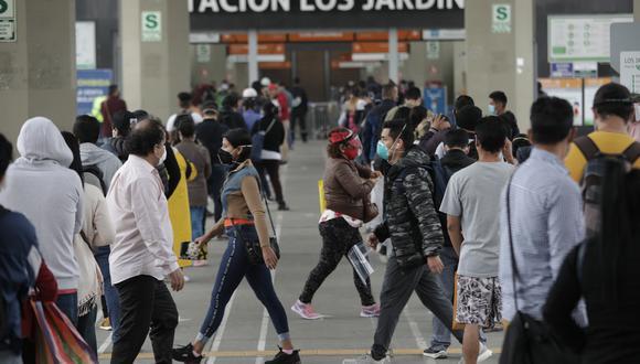 Personas fueron dadas de alta tras superar el COVID-19. (Foto: Anthony Niño de Guzman/ GEC)