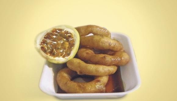 Picarones de quinua con miel de maracuyá