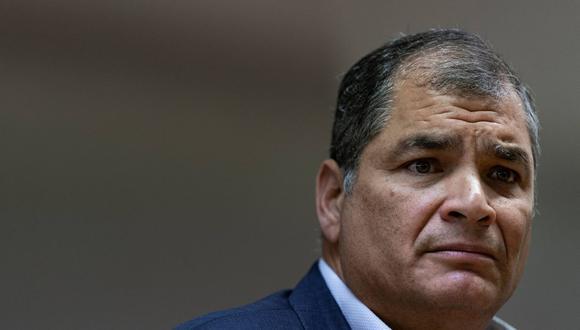 Rafael Correa fue presidente de Ecuador entre 2007 y 2017, año en el que le sucedió Lenín Moreno, quien se ha convertido en su principal enemigo político. (Foto: Kenzo TRIBOUILLARD / AFP).