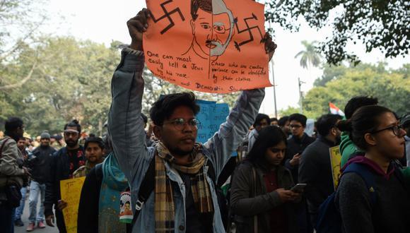 Protestas en India contra la nueva ley impulsada por Modi sobre ciudadanía (Foto: AFP)