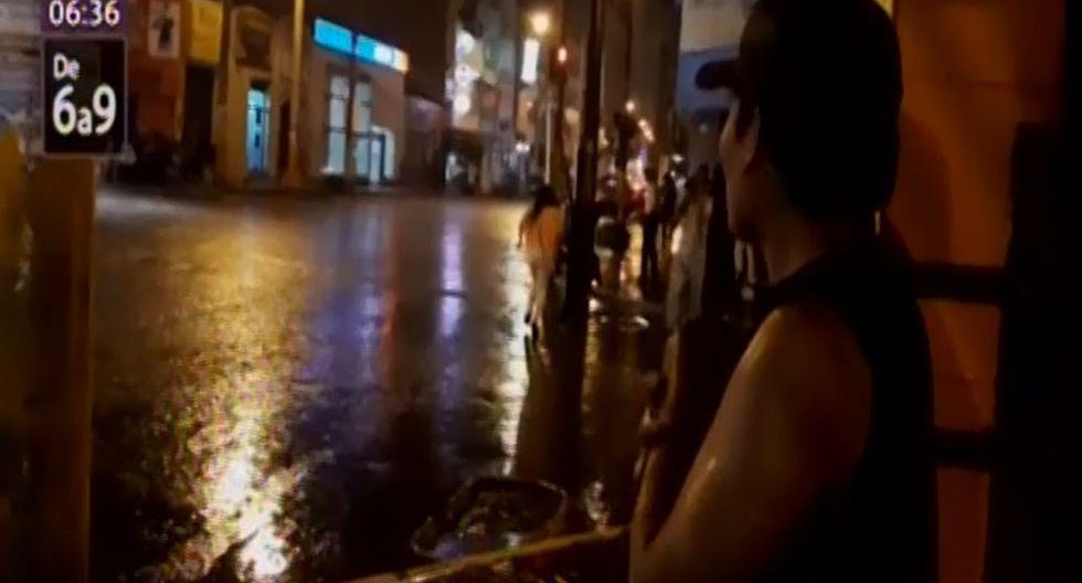 Torrencial e inusual lluvia y relámpagos sorprendieron a vecinos.(Captura: Canal N)
