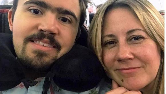 Luis Bermúdez, quien tenía una discapacidad, falleció junto a su madre. (Redes sociales).