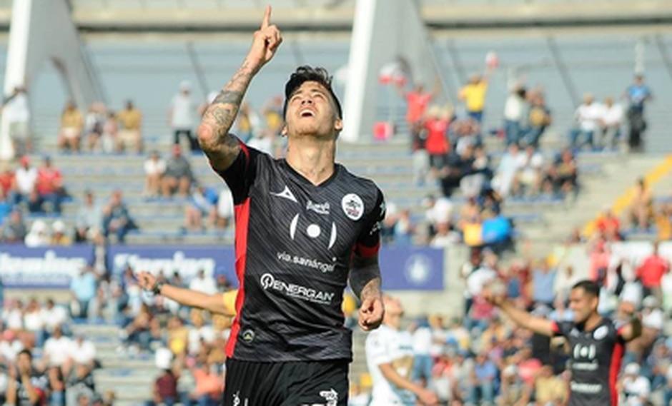 La página oficial de la Liga MX determinó que Beto da Silva fue el mejor futbolista del encuentro entre Lobos BUAP y Pumas. El joven delantero peruano anotó un gol. (Foto: Agencias)