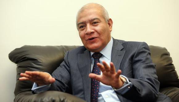 Wilfredo Pedraza asume la defensa legal de Nadine Heredia