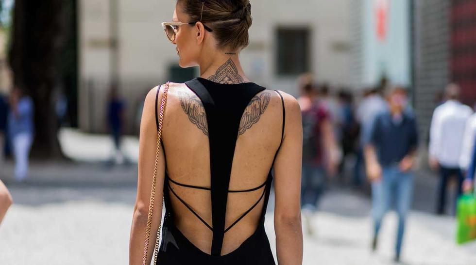 Cómo lucir increíble con un look con la espalda descubierta - 1